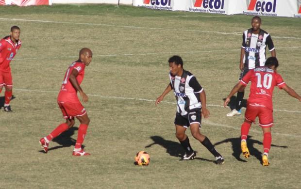 Araxá e Aracruz se enfrentam no estádio Fausto Alvim, em Araxá (Foto: Divulgação/Wilton Borges)