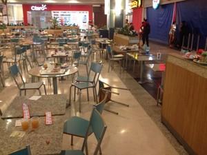 Confusão começou na área de alimentação do shopping, em Aparecida de Goiânia, Goiás (Foto: Gabriel Vendramini/ TV Anhanguera)