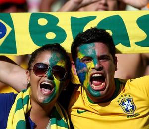 Em meio a protestos, Brasil enfrenta México pela Copa das Confederações