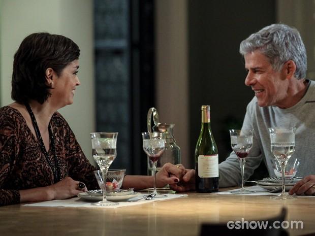 Os dois mantêm o maior clima de amor e união (Foto: Felipe Monteiro / TV Globo)
