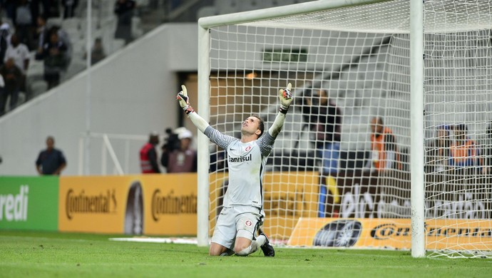 Corinthians x Inter Copa do Brasil Arena Marcelo Lomba (Foto: Marcos Riboli / GloboEsporte.com)