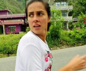 Carol no Nepal (Foto: TV Globo)