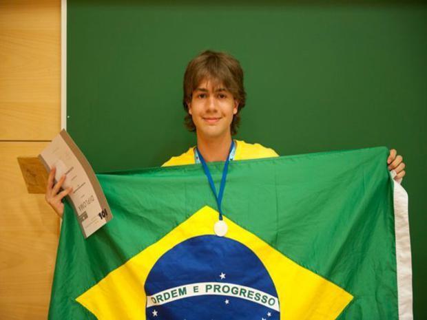 Ivan participa de diversas olimpíadas científicas desde a oitava série,quando tinha 14 anso. (Foto: Arquivo Pessoal)