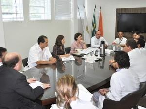 Equipe de apoio se reuniu com representantes do HSJD (Foto: Rubens Souza Cabral/ HSJD)