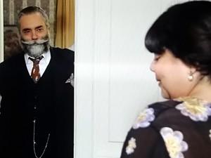 Olga vai ao encontro de Ezequiel (Foto: Gabriela / TV Globo)