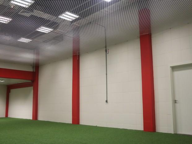 Área de aquecimento junto ao vestiário receberá três camarins (Foto: Rafaella Fraga/G1)