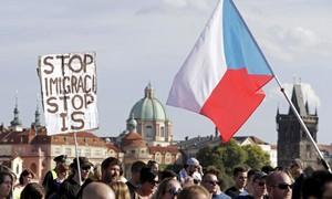 ONU denuncia República Tcheca por tratamento degradante aos refugiados