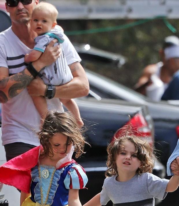 Journey, Noah e Bodhi, filhos de Megan Fox e Brian Austin Green (Foto: AKM-GSI)