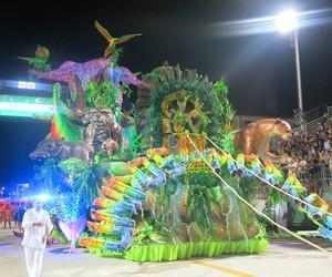 Unidos dos Morros é a grande campeã do carnaval santista (João Paulo de Castro / G1)