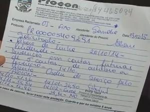 Moradores têm problemas com linhas de telefonia fixa (Foto: Reprodução/RBS TV)