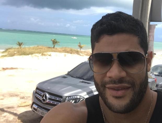 """BLOG: Após fim do Chinês, Hulk tira férias no Brasil: """"Aproveitando a minha Paraíba"""""""