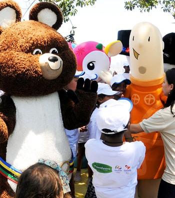 Mascotes das Olimpíadas no Rio de Janeiro (Foto: André Durão)