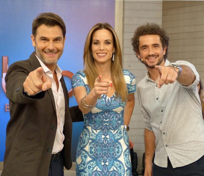Dr. Fernando Gomes Pinto com a dupla Ana Furtado e Felipe Andreoli (Foto: Cristina Cople/Gshow)