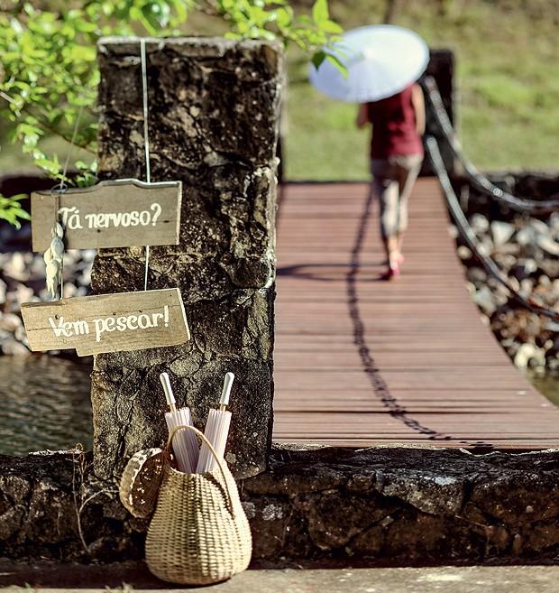 Plaquinha indica o lugar da pesca (Foto: Rogério Voltan/Editora Globo)