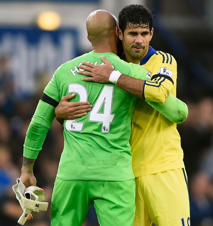diego costa tim howard chelsea x everton (Foto: Reuters)