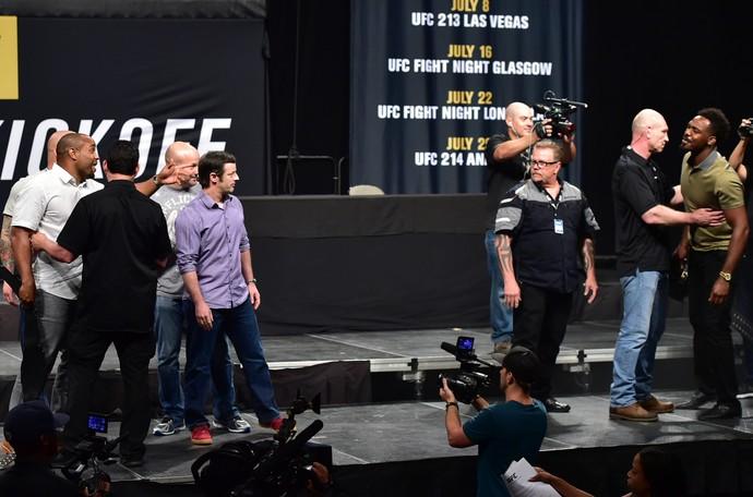 Daniel Cormier, Jon Jones, UFC coletiva (Foto: Jason Silva)