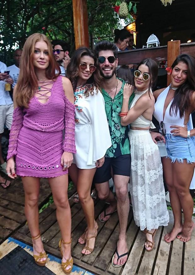 Marina Ruy Barbosa, Paula Fernandes, Kadu Dantas, Camila Coelho e Rachel Apollonio (Foto: Reprodução)