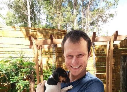 Alexandre Rossi explica cuidados com filhotes no 'É de Casa'