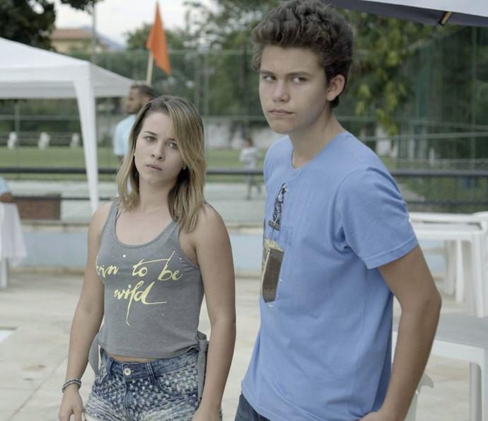 Artur e Jéssica não gostam da vitória de Alina (Foto: TV Globo)