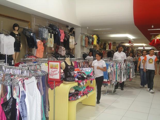 Lojas em Teresina funcionarão em horário especial durante período de final de ano (Foto: Patrícia Andrade/G1)