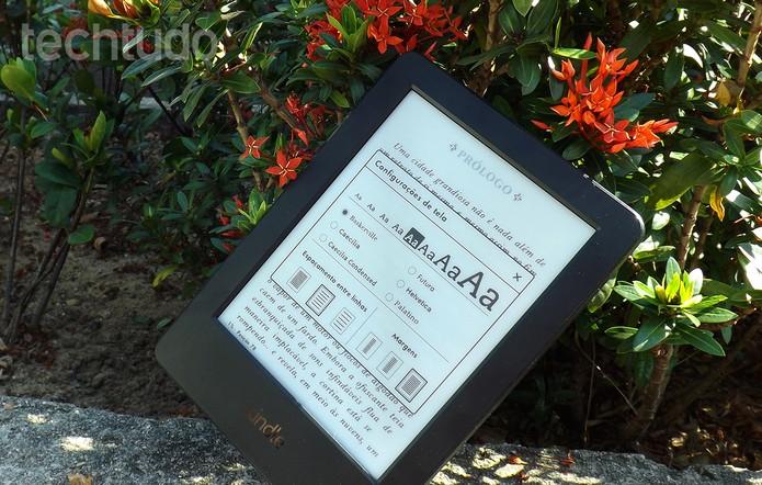 Kindle tem preço de R$299 e pode ser encontrado em lojas virtuais brasileiras (Foto: Barbara Mannara/TechTudo)