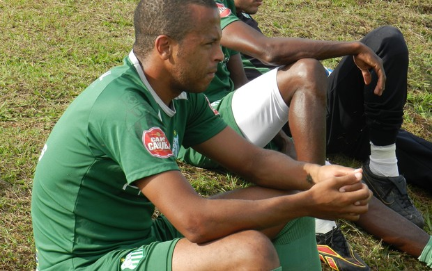 André Neles durante treino do Uberlândia Esporte (Foto: Felipe Santos)