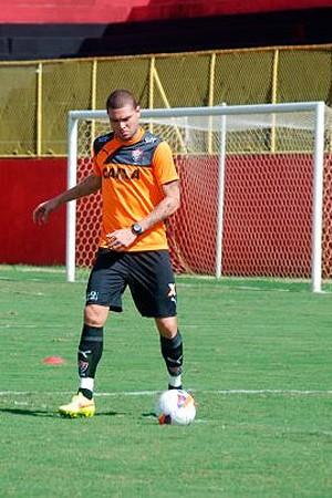 Guilherme Mattis; Vitória (Foto: Divulgação/EC Vitória)