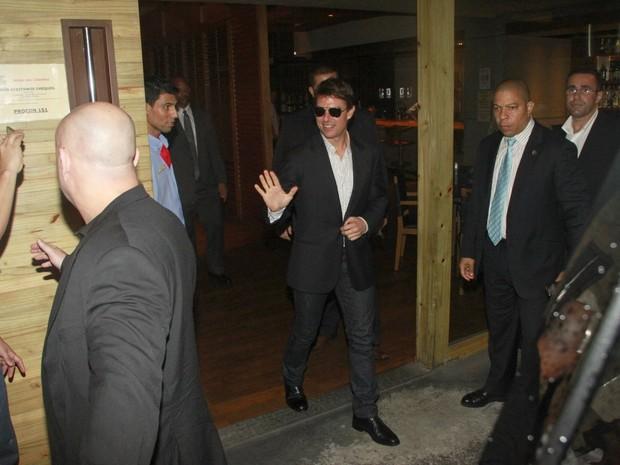 Tom Cruise em churrascaria no Rio (Foto: Delson Silva/ Ag. News)