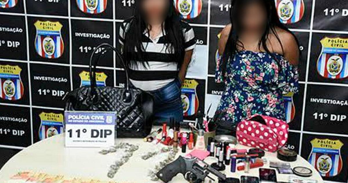 Mulheres são presas suspeitas de roubar alunos em autoescola no AM em G1 Brasil