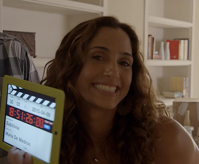 Camila Pitanga dá a claquete (Foto: TV Globo)