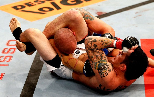 MMA Rony jason e Mike Wilkinson (Foto: Agência Getty Images)