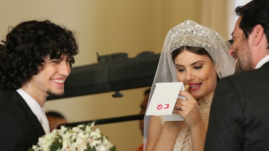 Camila Queiroz gravou casamento de Angel com Gui e Alex. Veja fotos exclusivas!