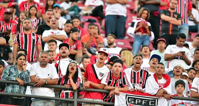 Para os próximos jogos no Morumbi São Paulo faz promoção de ingressos