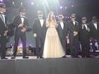 Ivete Sangalo comemora 15 anos de festival dançando valsa de debutante