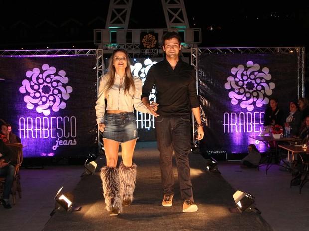 Flávia Viana e Fernando Justin (Foto: Danilo Carvalho e Thais Aline/ Ag. Fio Condutor)
