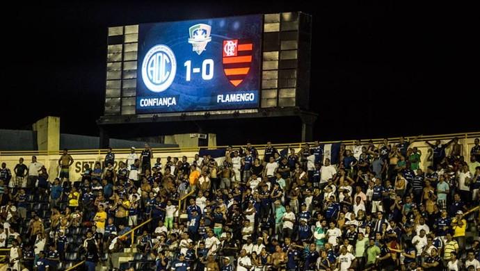Confiança venceu o Flamengo por 1 a 0 em Aracaju (Foto: Filippe Araújo)