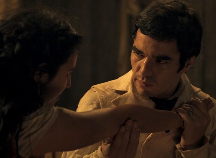 André faz proposta inusitada a Mimi (Foto: TV Globo)
