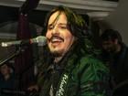 Lembra dele? Ex-Trem da Alegria faz carreira como cantor de rock