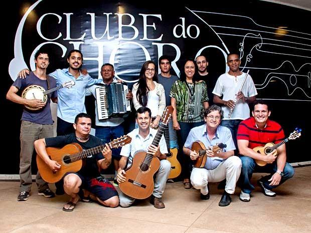 Músicos dos grupos Imagem e Confraria Samba Choro, que fazem uma roda especial para comemorar o Dia Nacional do Choro nesta terça (23) em Brasília (Foto: Renata Samarco/Divulgação)