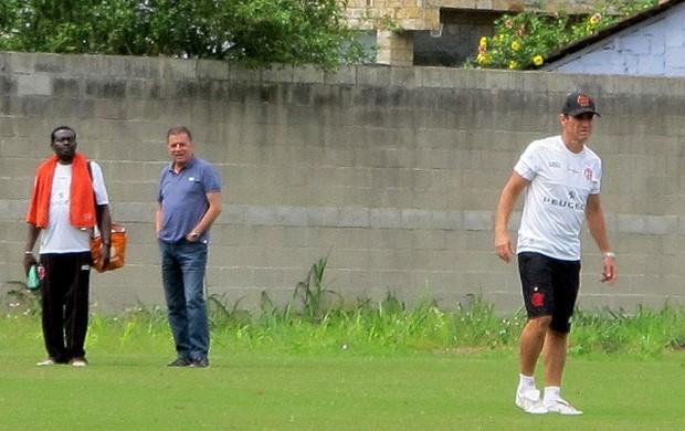 jorginho e paulo pelaipe flamengo treino (Foto: Richard Souza)
