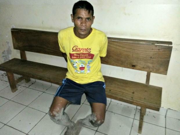 Lucimar Bezerra, de 33 anos, foi preso e encaminhado para a delegacia em Rio Branco  (Foto: Divulgação/Polícia Civil)