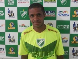 Marcinho com a camisa do Murici (Foto: Jailson Colácio/ Divulgação Murici)