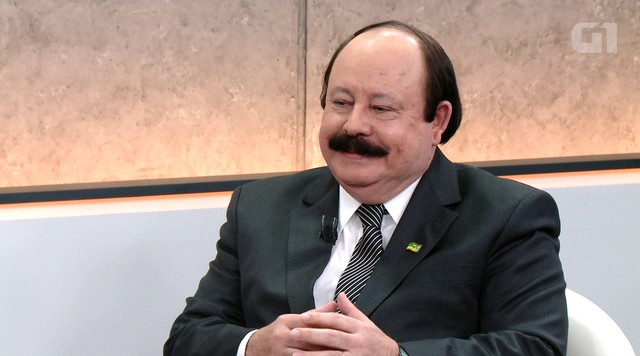 G1 entrevista o candidato Levy Fidelix (PRTB)