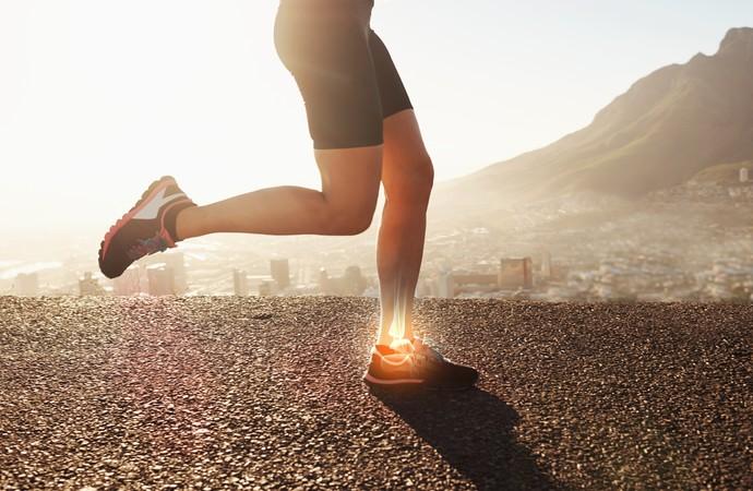 Corrida sem variação pode sobrecarregar pontos de stress no corpo (Foto: iStock Photo)