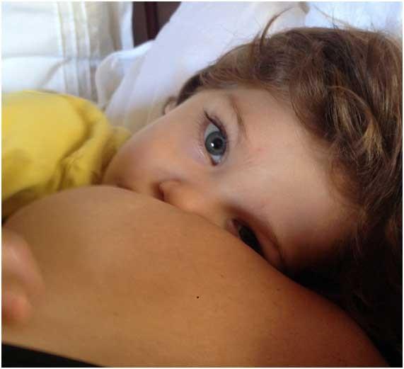 Benjamin no peito (Foto: Acervo pessoal)