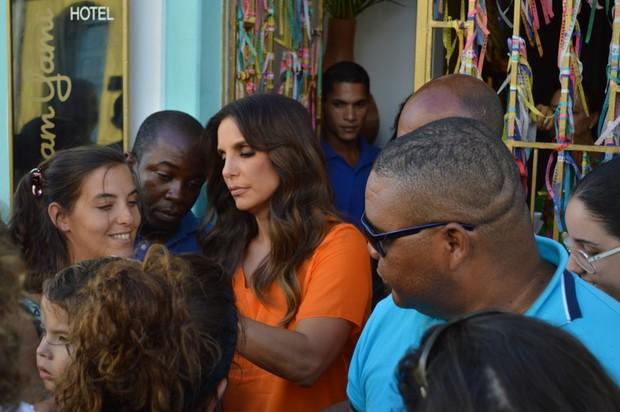 Ivete Sangalo grava comercial em Salvador, BA (Foto: Felipe Souto Maior / AgNews)