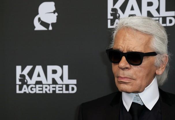Karl Lagerfeld está sendo acusado de difamação contra os obesos na França (Foto: Getty Images)