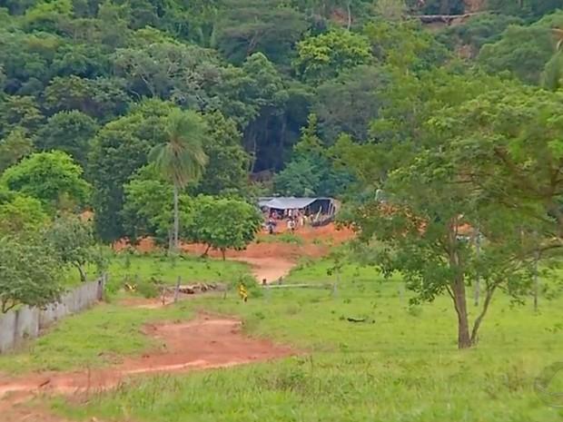 Garimpo ilegal da Serra da Borda, em Pontes e Lacerda, foi invadido pela quarta vez em MT (Foto: Reprodução/TVCA)