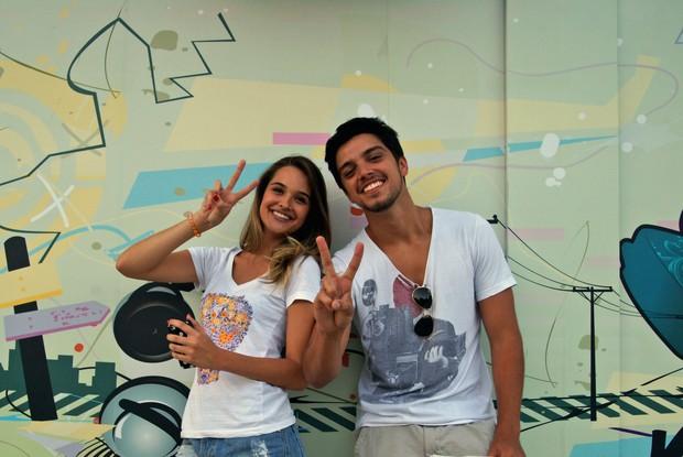 Rodrigo Simas e Juliana Paiva (Foto: Rede Globo / The Voice Brasil)