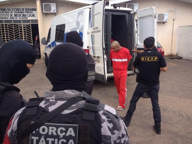 Presos foram levados ao Instituto Médico Legal em Boa Vista  (Foto: Jackson Félix/G1 RR)